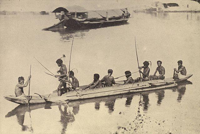 traditional bowfishing